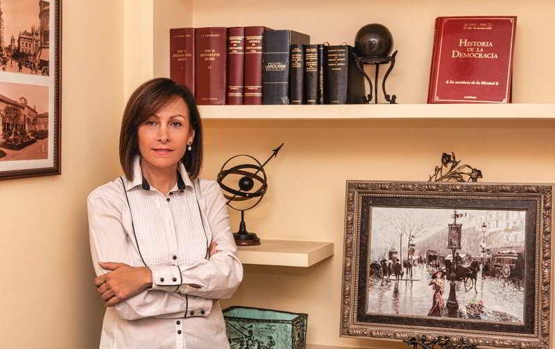 Loreto Castro Abogada